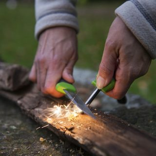 fire-lighting-forest-schools