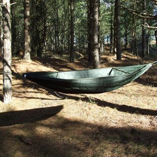 forest-schools-camping-hammok-woodland