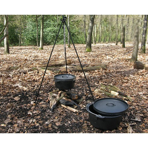 dutch-oven-tripod