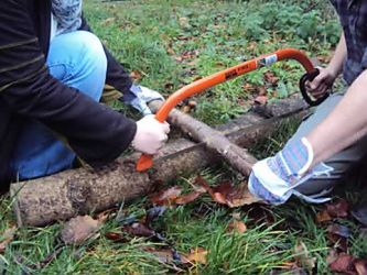 forest-schools-bow-saw